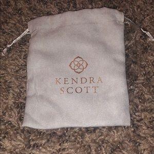 Pattie Kendra Scott Necklace